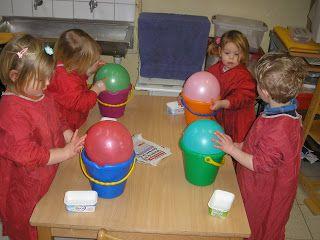 #knutselen met #kinderen #DIY: bouwhelmen maken met ballonnen en Papier-maché