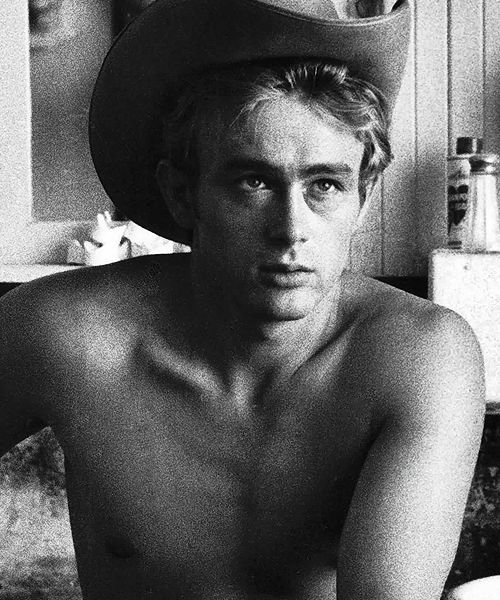 James Dean photographed by Sanford Roth,1955.