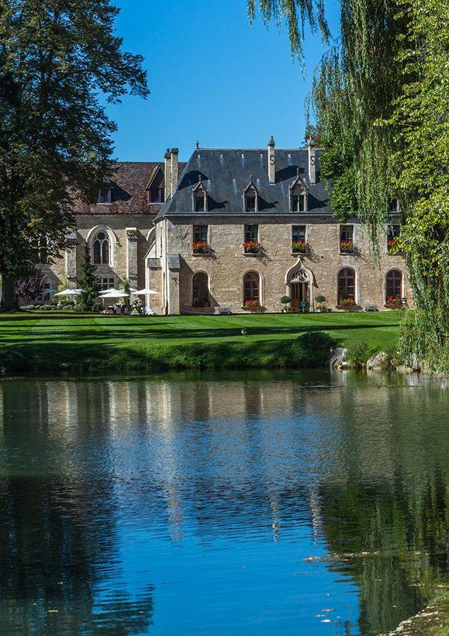 Abbaye de la Bussière. Hotel and restaurant in a park. France,La Bussière-sur-Ouche. #relaischateaux #abbaye #hotel #chateau #castle