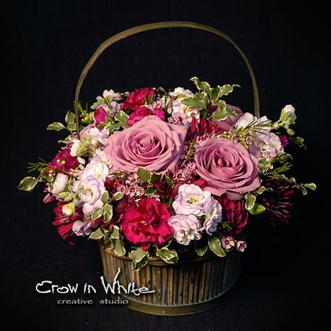 lovely pink flowers basket. Great for mother day.