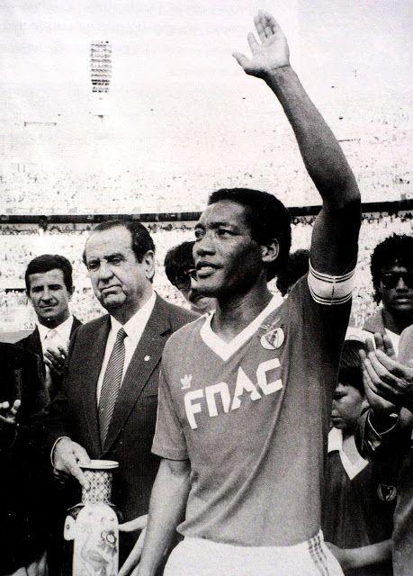 o Benfica é diferente, o Benfica tem o Shéu...