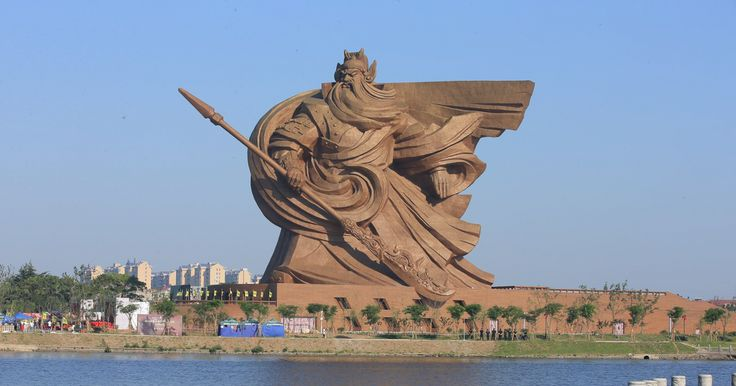 You'd expect a God of War statue to look pretty epic. But there's epic and then there's EPIC, and this enormous statue of Guan Yu, a famous general in Chinese history who was later deified, is most definitely EPIC.