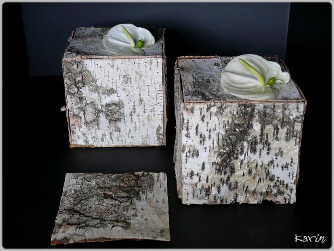 bloemstuk maken met schors - bloemstukken als kubussen maken met schors van beuk - creatief bloemschikken in de zomer