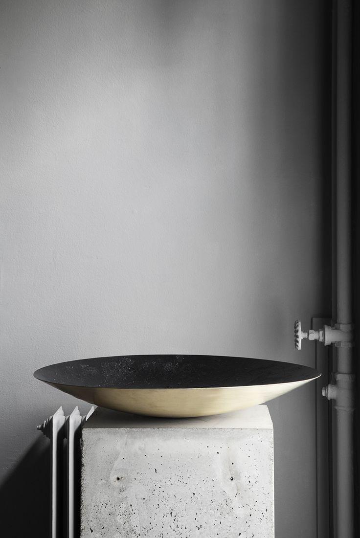 "Modern bathroom with Inox Stainless Steel bathroom taps & solid surface design basins and wash bowls | Have a look at the ""Es Cubells"" and ""Porroig"" series by COCOON | Moderne badkamer met RVS badkamerkranen & wastafel design, verkrijgbaar op byCOCOON.nl | COCOON Dutch Designer Brand."
