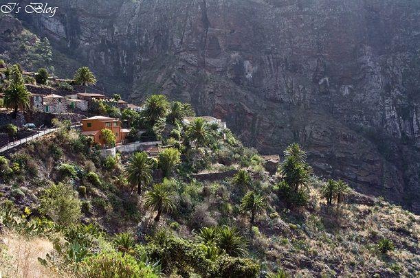 Casele din Masca, altitudine 900 metri
