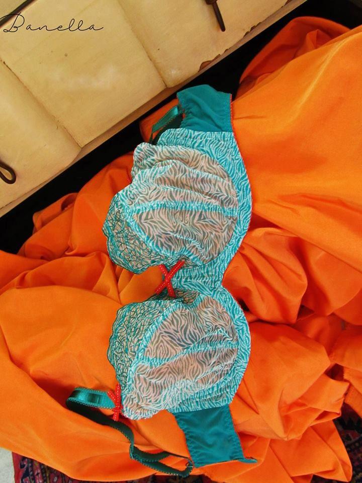 we love colors at Banella lingerie