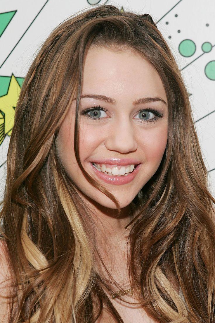 Miley Cyrus at MTV Total Request Live in 2007.