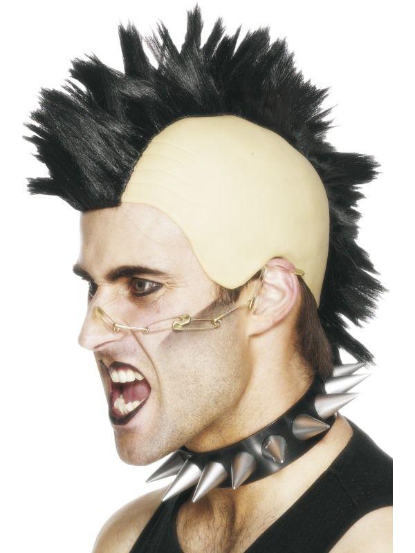 Irokeesi-peruukki. Tällä laadukkaalla peruukilla tavallinenkin jamppa muuttuu nopeasti astetta kovemmaksi punkkariksi.