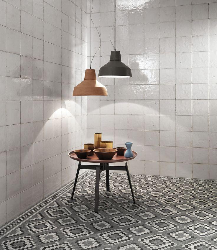 Firenze Heritage maiolica bianca (wall) and decò grigio mosaico (floor)
