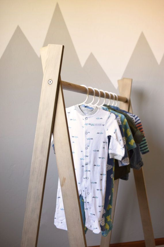 clothing rack children 39 s clothing rack wood clothing rack children 39 s closet kids room a. Black Bedroom Furniture Sets. Home Design Ideas