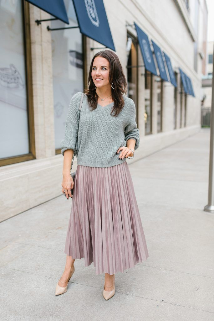 online store 3f02a 6e31c Sweater and Midi Skirt Outfit | Karen Kocich