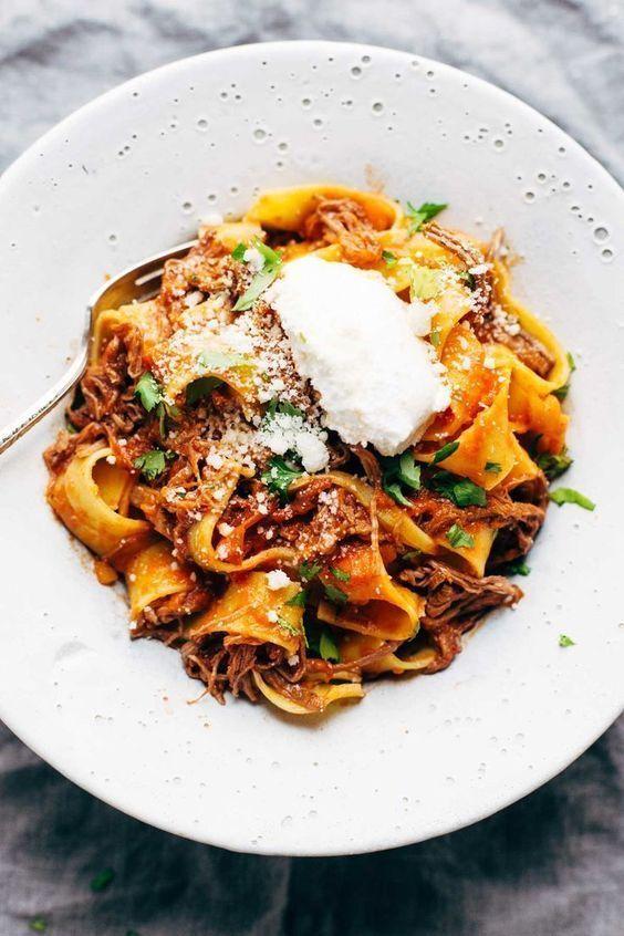 Slow Cooker Beef Ragu   pinchofyum.com #pasta #ragu #slowcooker #crockpot
