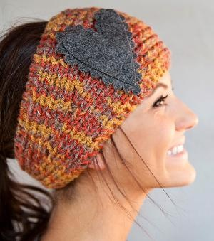 adorable: Head Bands, Head Wraps, Cute Headbands, Ears Warmers, Snow Bunnies, Knits Headbands, Winter Headbands, Felt Heart, Crochet Headbands