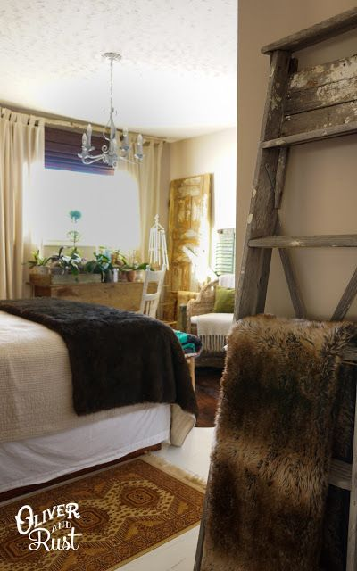 Eclectic Home Tour - Oliver and Rust at Eclectically Vintage