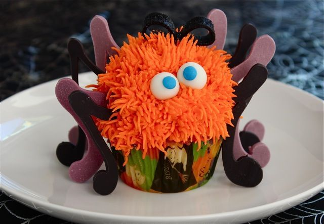 Spooky Spider Cupcakes | Recipe