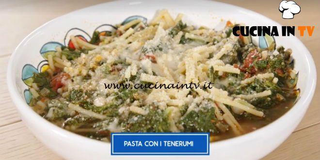 Giusina In Cucina Pasta Con I Tenerumi Ricetta Giusina Battaglia Cucina In Tv Le Ricette Scritte Dei Programmi Di Cucina Ricetta Nel 2020 Ricette Pasti Italiani Pasta
