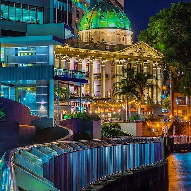 The Beautiful Brisbane Customs House! One of our most spectacular pieces of history and architecture  what's your favourite building in Brisbane?  @evertonmi