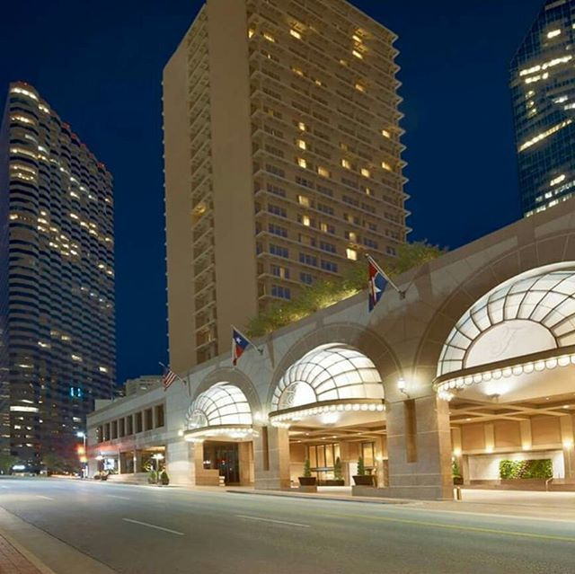 Come enjoy your favorite moments in downtown Dallas with a stay at the Fairmont.  Http://m.fairmont.com/dallas/special-offers/hotel-offers/  #fairmontdallas #dallastx #FairmontEats #fairmont #fairmontmoments #dfw #downtowndallas #northtexas #fairmontmoments #dallas #pyramiddallas #instadallas #texas #dallasblogger #dallasskyline #dma #dallasart #dallasartsdistrict #dtown #dallasshopping #dallasfans #dallascowboys #mydtd #mydallas