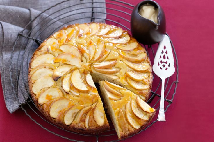 Get+back+to+wholesome+baking+with+this+classic+apple+cake+that's+so+easy+to+make.