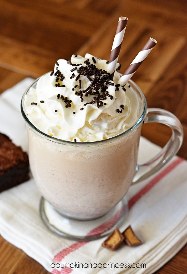 Peanut Butter Brownie Milkshake Recipe from @Crystal A Pumpkin & A Princess How good does this look?!?  #desserts #milkshakes