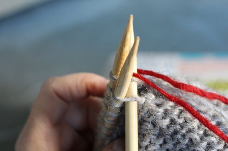 Bang Out a Sweater Knitalong: Clever trick for finishing your Stopover sweater.