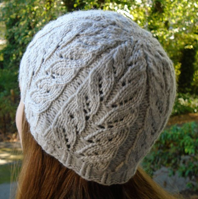 Ravelry: Way of Leaves pattern by Tierce Knits