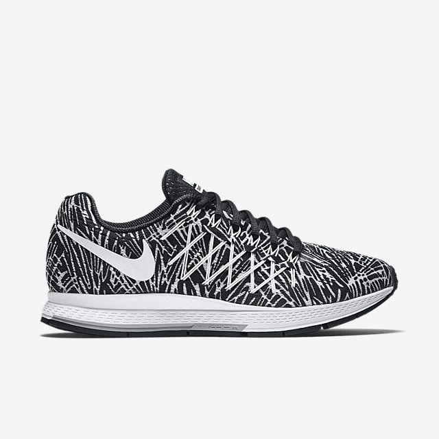 Nike Air Zoom Pegasus 32 Print Women's Running Shoe.
