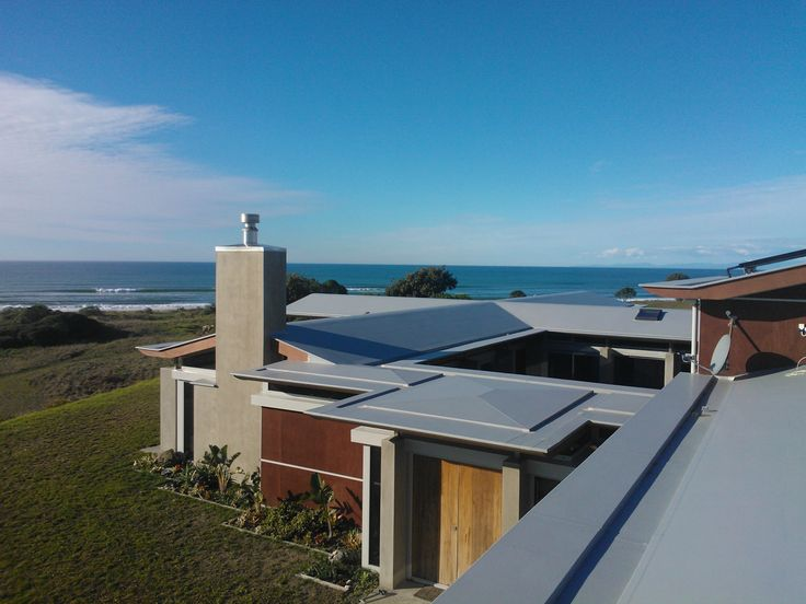 Check Out This Flat Roof Design With Enviroclad   Details And Coastal  Conditions Well Matched To Create A Great Looking New Zealand Home