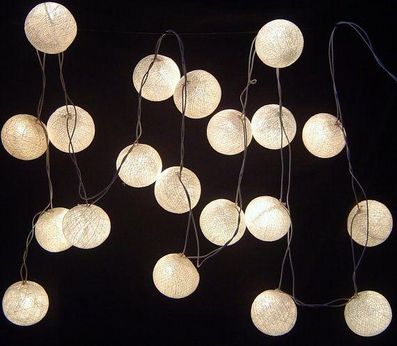 Fée boule solaire coton blanc s'allume à 8 par FairyLightsThailand, $19.49