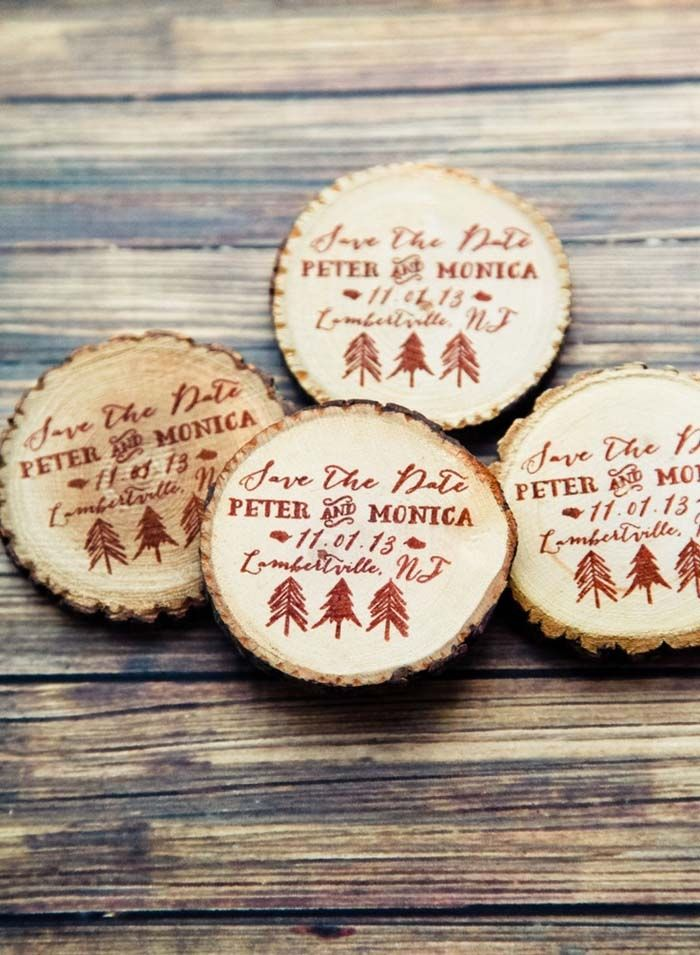 Custom tree print wooden save the date magnets from RedCloudBoutique via etsy. #winterweddings #savethedate
