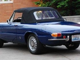 67 best images about Alfa Romeo Duetto on Pinterest  Cars In