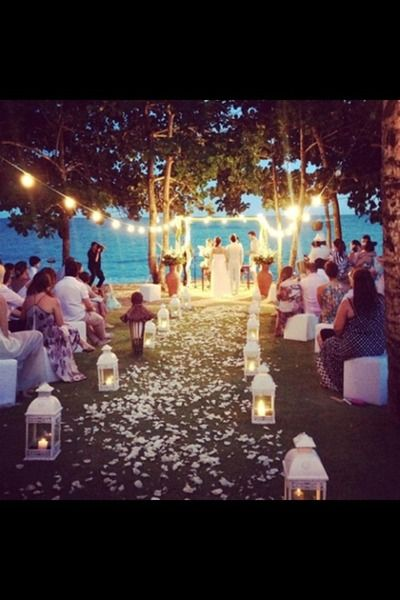 This is just absolutely amazing, but I think I would prefer to get married during the daylight hours