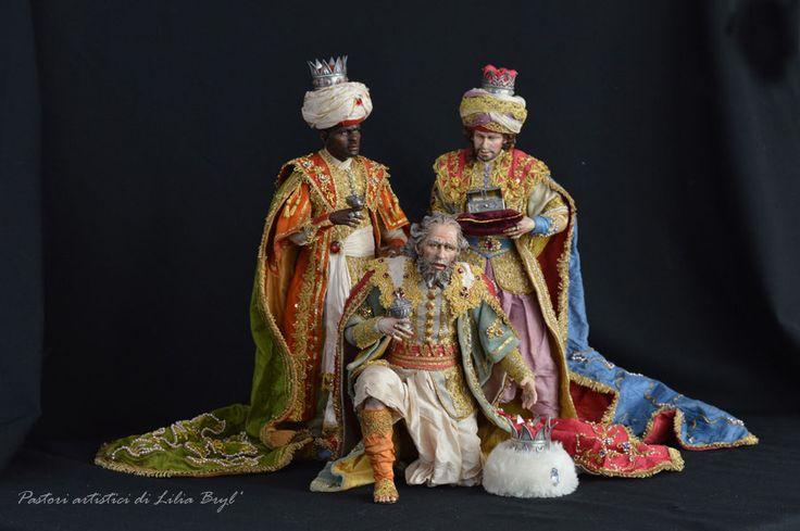 Les 427 meilleures images du tableau presepio figures sur - Cosa portano i re magi ...