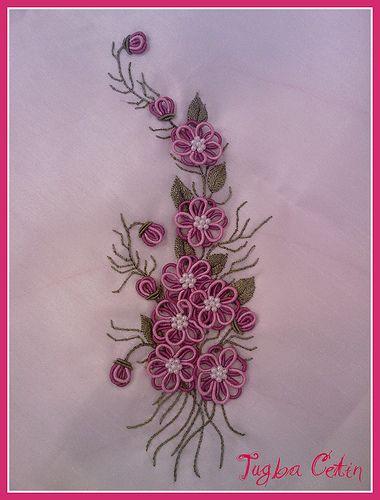 Konsol örtüsü ~ Brazilian embroidery