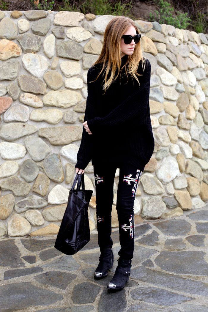 Love these embroidered pants, they give a pop of color in an otherwise black outfit.