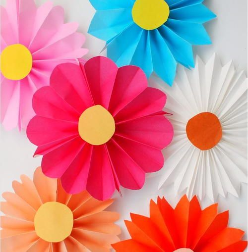 Accordion Fold Paper Flowers For Kids Easy CraftsDiy