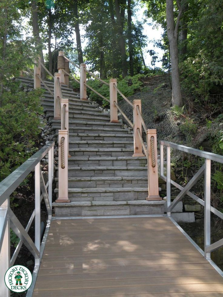This Dock, Pergola, Arbour and stair case are located on the Ottawa River East of Orleans. Dan Kelly and his crew installed Clubhouse Ipe on both the