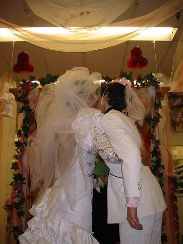 Vicki & Misha renew their vows @Albertsons - misha-collins Photo