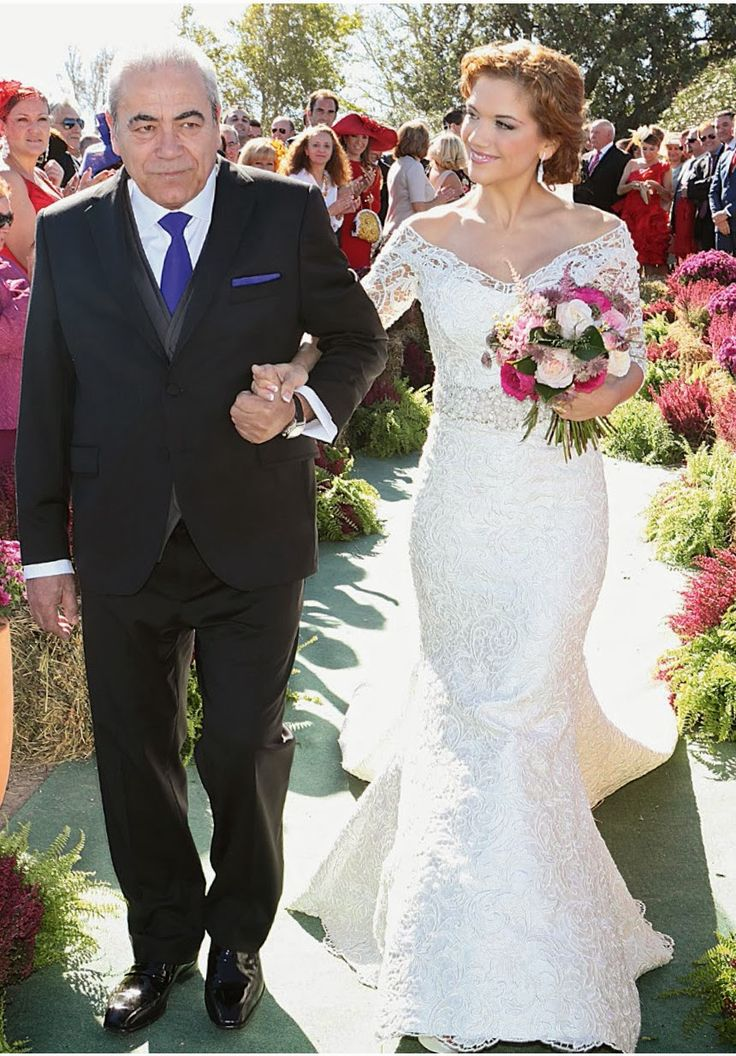 Red Carpet Wedding: Beatriz Trapote and Víctor Janeiro, | Red Carpet Wedding