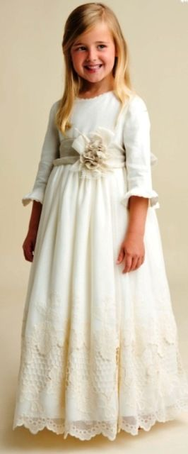 Vestido de comunión romantico con manga francesa y bajo bordado - Vestidos y Complementos de Comunión - Mundo Kiriko