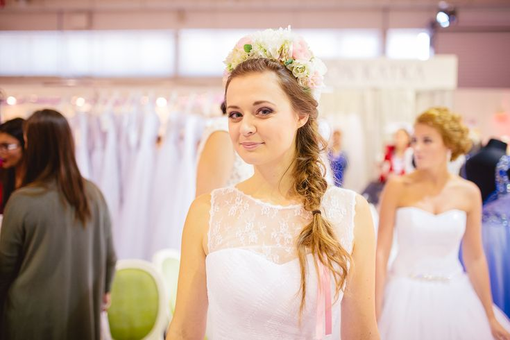Nádherné čipkové svadobné šaty značky HADASSA