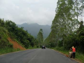 The scenic road from Lipu to Taiping and Nanning in south China