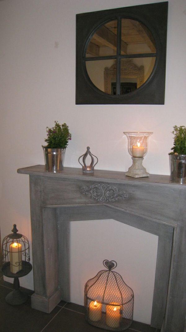 fausse cheminee avec miroir et bougies                                                                                                                                                     Plus