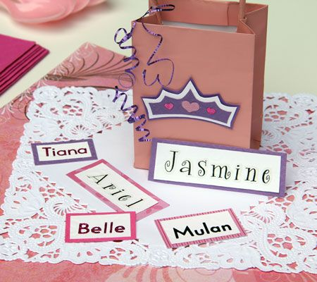 princess name game in this fun baby shower game each guest pairs up with - Disney Princess Games And Activities