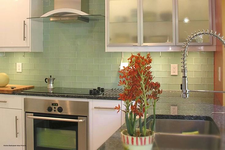 35 Challenging Green Glass Tile