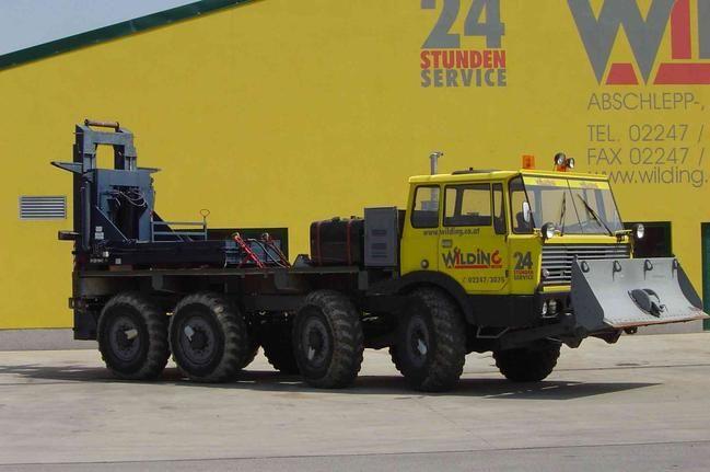 TATRA T815 8X8 wrecker and snowplough rescue truck