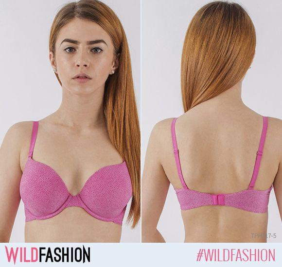 Dacă-ți dorești forme mai voluptoase fără a-ți face intervenții asupra corpului, învață să-ți alegi lenjeria intimă astfel încât să-ți transforme corpul exact cum îți dorești. Sutienele Triumph cu push-up reprezintă o alegere de nota 10! #wildfashion #wldsexy  Astăzi ți-l recomandăm pe acesta! http://www.wildfashion.ro/haine/brands/triumph/sutiene/tph317-5-sutien-elegant-cu-cupa-si-burete-body-make-up?utm_content=buffera1eaa&utm_medium=social&utm_source=pinterest.com&utm_campaign=buffer…