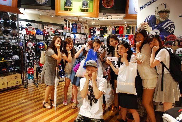 【大阪店】2014.08.30 関学ダンスサークルガールズヒップホップの皆様とご一緒させて頂きました!僕もダンスやっていたので親近感が凄かったです^^誰が一番可愛いですかね!?また遊びに来てくださいね!
