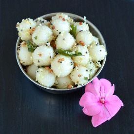 Rice flour balls steamed and tempered. It is usually prepared for the festivals (Vegan).