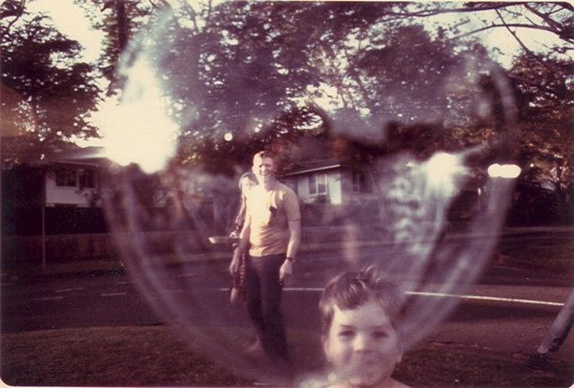 I'm jealous of this childhood photo.: Photography Videos, Videos Games, 50 Shades, Pretty Things, Bubbles Boys, Vintage Photography, Childhood, Photography Training, Happy Image
